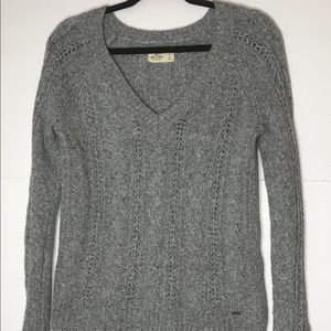 Hollister small vneck grey sweater